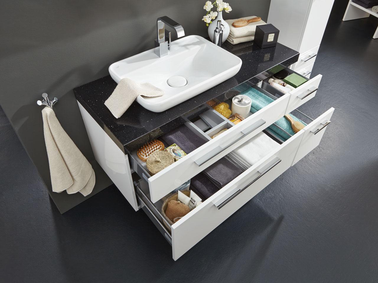 Kleines Badezimmer Stauraum Waschtisch