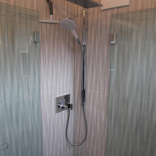 Regendusche im Gästebadezimmer