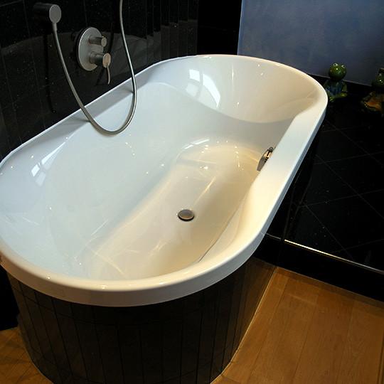 abgerundete-badewanne