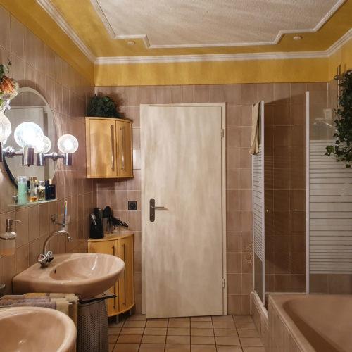 Badbeispiel altes Badezimmer