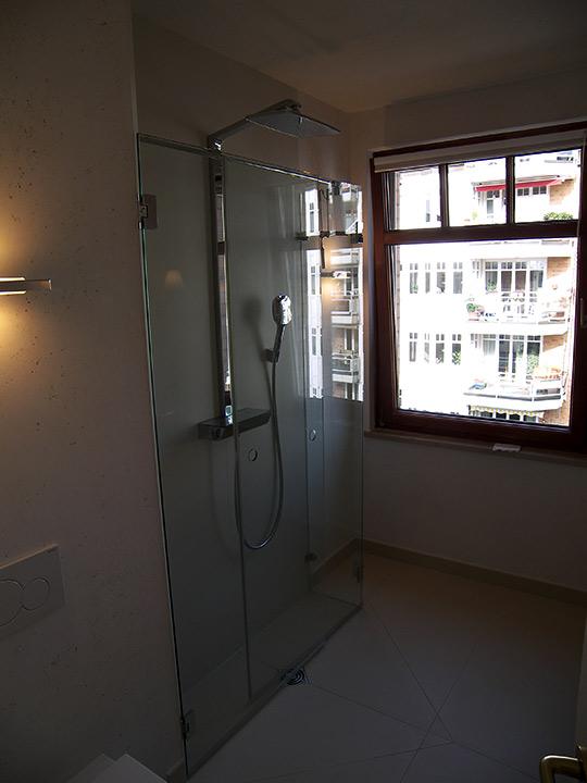 klappbare dusche mit regenbrause bad 061 b der dunkelmann. Black Bedroom Furniture Sets. Home Design Ideas
