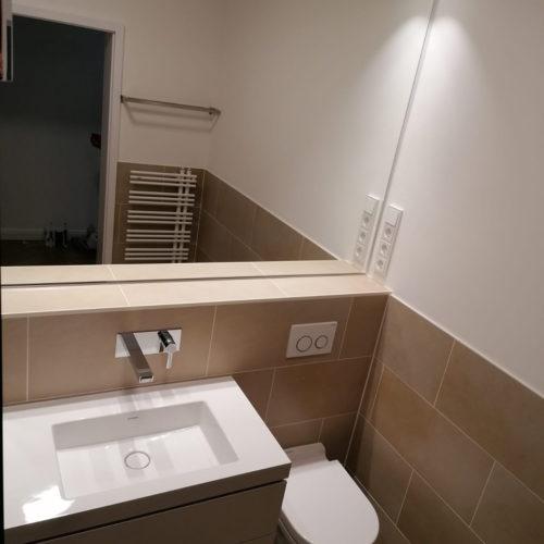 Bad neu Waschtisch WC Spiegel