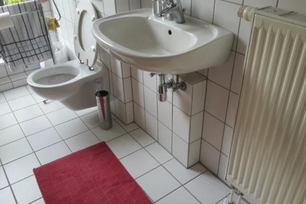 Badezimmer alt Waschtisch
