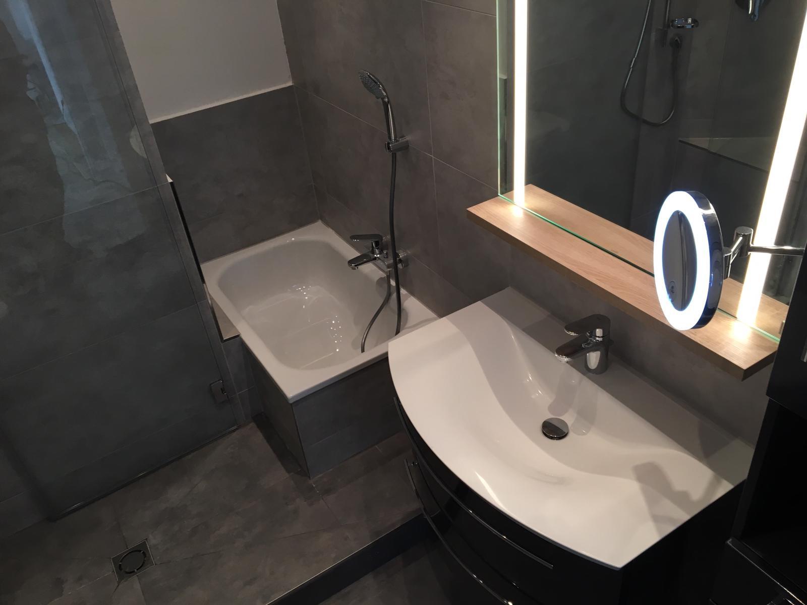 Badezimmer neu Waschtisch