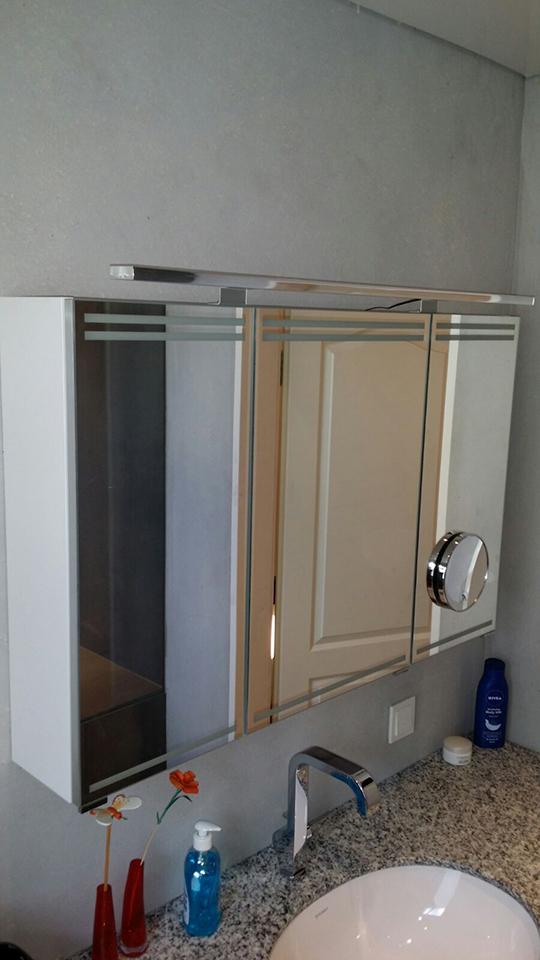 5 3 qm duschbad dusche ohne fugen dank kerlite fliesen. Black Bedroom Furniture Sets. Home Design Ideas