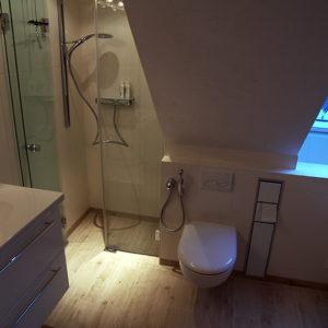 badsanierung-modernes-bad