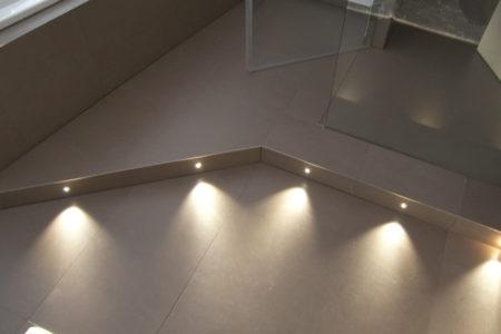 Beleuchtung Fußboden Fliesen
