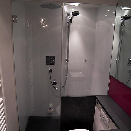 dampfbad-mit-duschabtrennung-hersteller