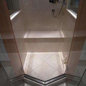 duschablaufrinne-im-einstiegsbereich