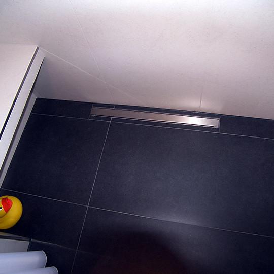 duschablaufrinne-im-schlauchbad-norderstedt