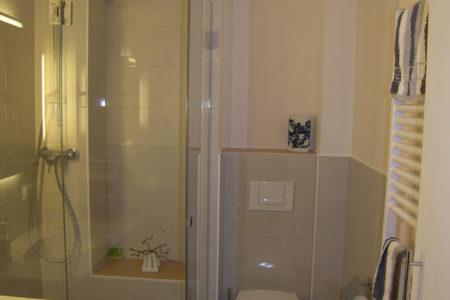 Dusche Faltwand