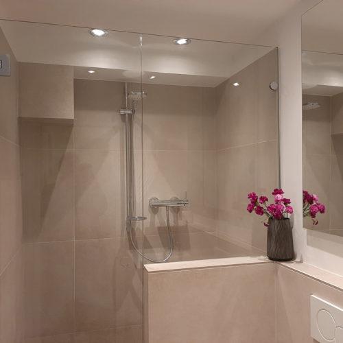 Neues Bad Glastür Dusche