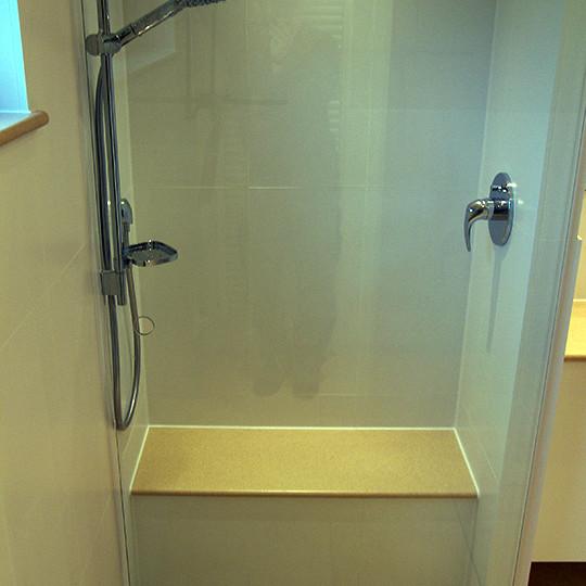 Begehbare dusche mit sitzbank bad 031 b der dunkelmann - Dusche mit sitzbank ...