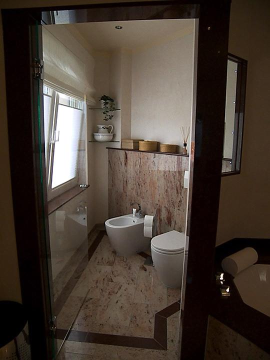 wellness oase f r zuhause bad 010 b der dunkelmann. Black Bedroom Furniture Sets. Home Design Ideas