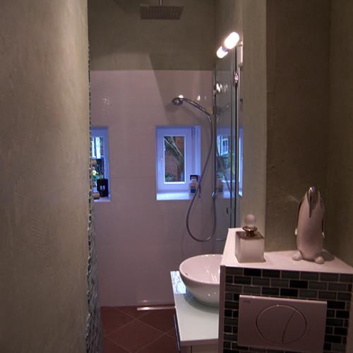 begehbare dusche im mini schlauchbad bad 043 b der dunkelmann. Black Bedroom Furniture Sets. Home Design Ideas