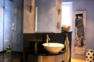freistehendes-keramik-waschbecken