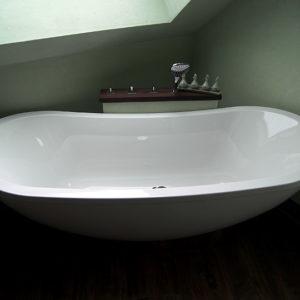 geschwungene-badewanne