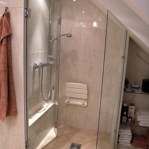 grosszuegige-dusch-loesung-norderstedt