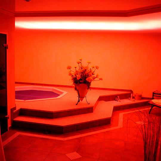lichtwechsel-ueber-pool