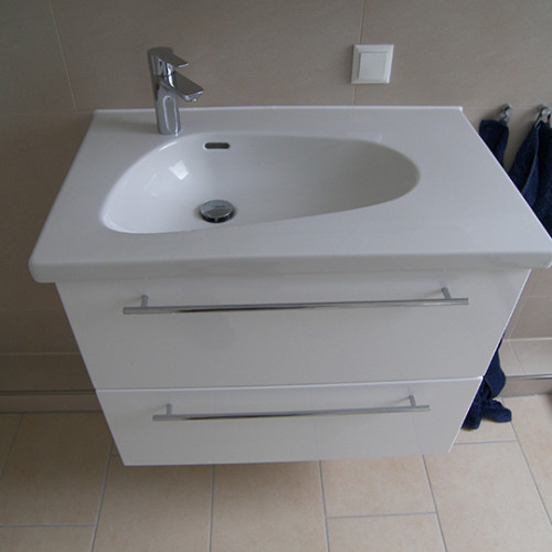 helles modernes duschbad auf 7qm bad 068 b der dunkelmann. Black Bedroom Furniture Sets. Home Design Ideas