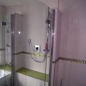 runde-duschabtrennung-glas