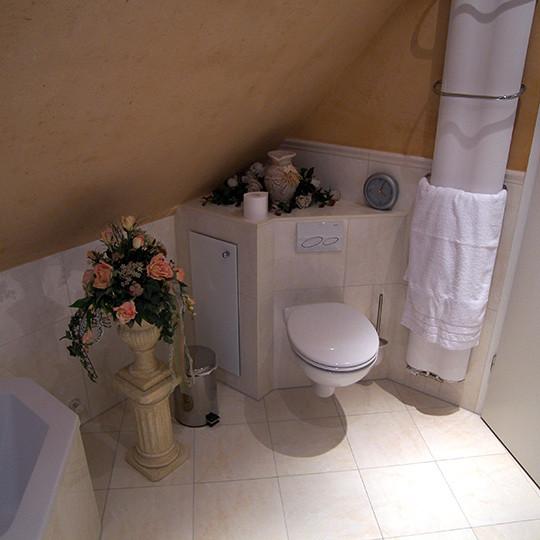 tageslicht im bad mit eckbadewanne bad 065 b der dunkelmann. Black Bedroom Furniture Sets. Home Design Ideas