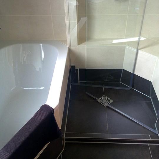 Dusche Und Badewanne Nebeneinander dusche & wanne (bad 052) - bäder dunkelmann